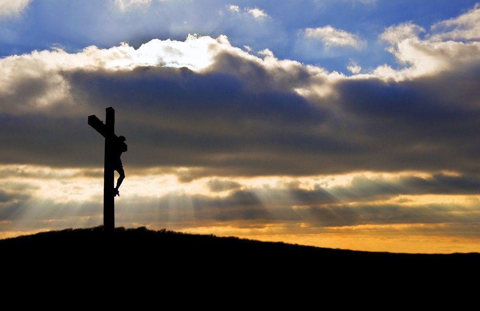 Christ-on-Cross-Dusk-Sunrays